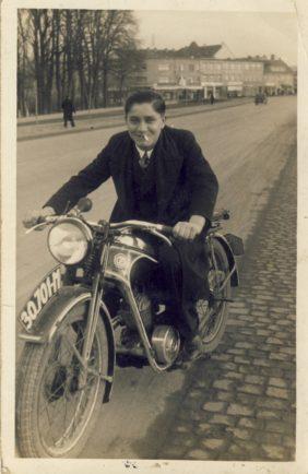 jan_motorfiets